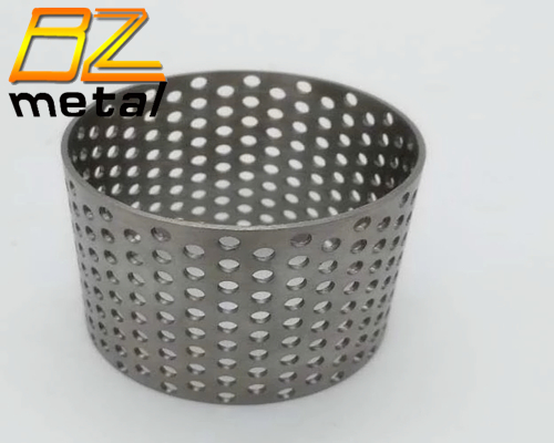 Titanium Gr 2 Perforated Tubes in High Quality